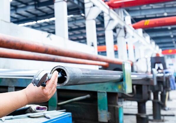 如何测试16Mn无缝钢管的硬度
